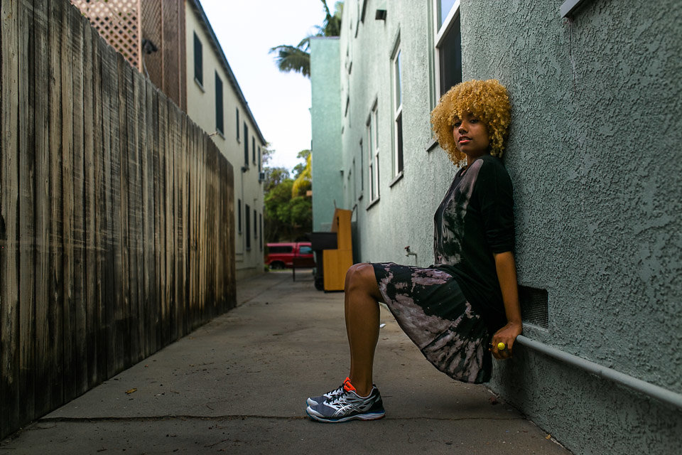 how to wear dresses with sneakers-fit femme-cumulus19-asics