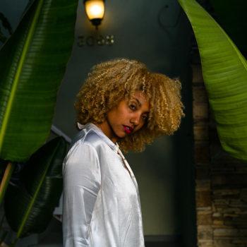 natural hair-curls-long beach-reduce textile waste