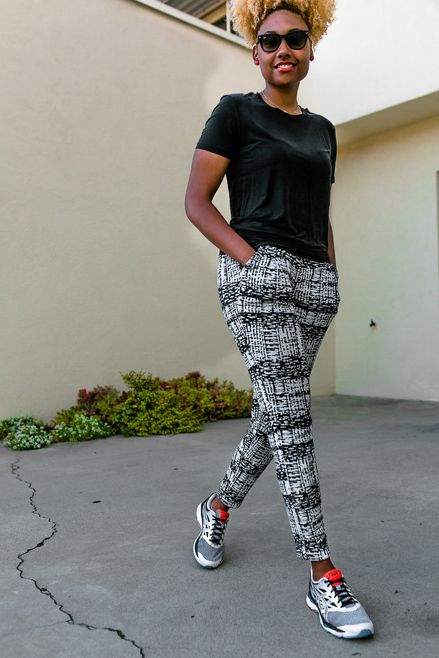 Lcm-Livecgothesminded-pattern printed pants-sneaker outfit
